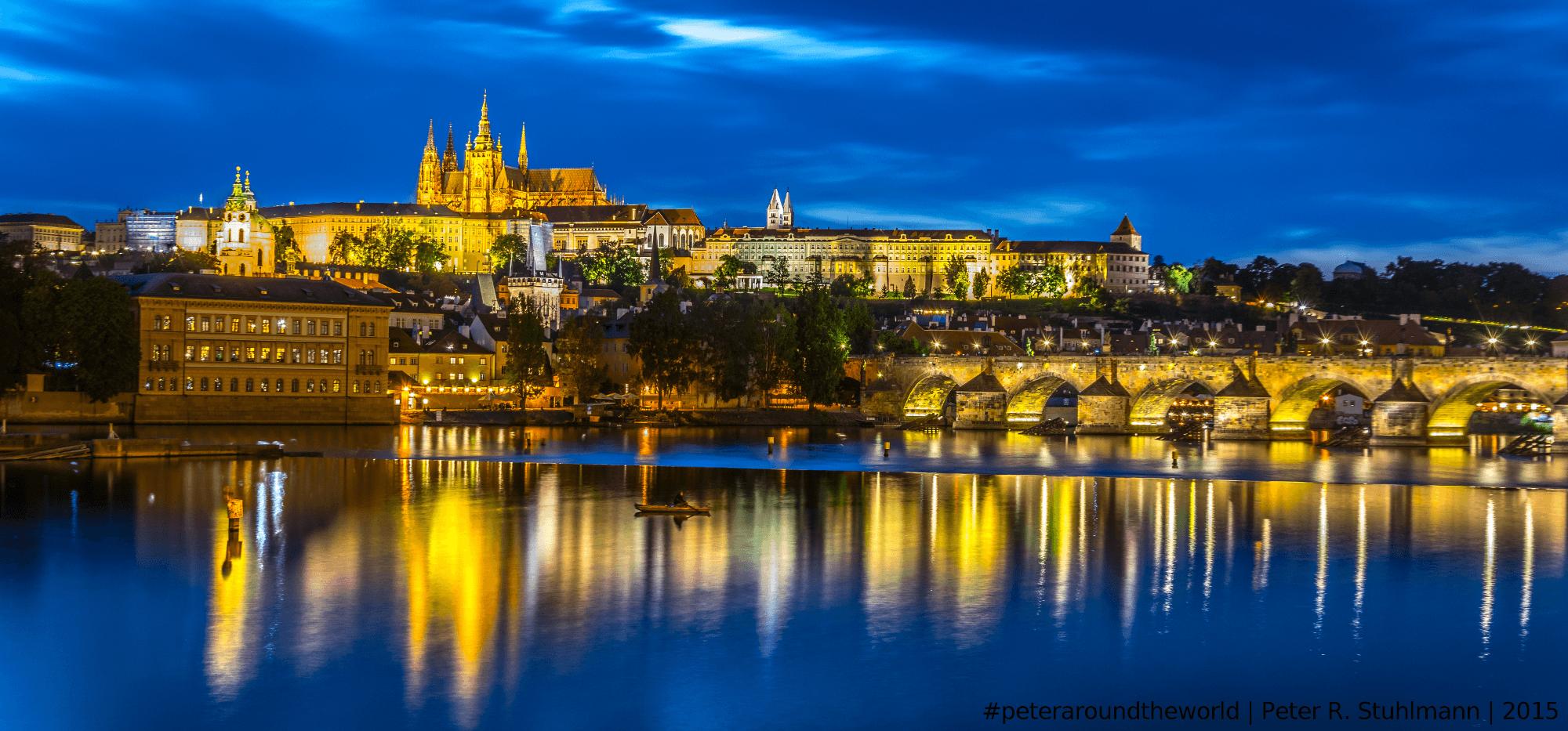 Prag bei Nacht, ein wunderschöner Anblick.