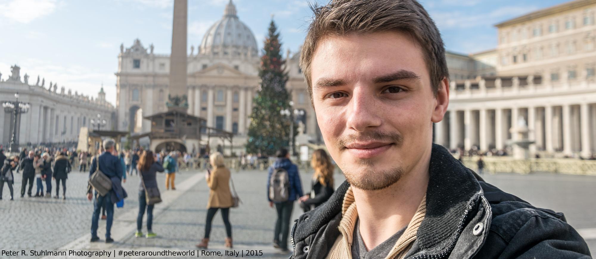 Auf dem Petersplatz im Vatikan.