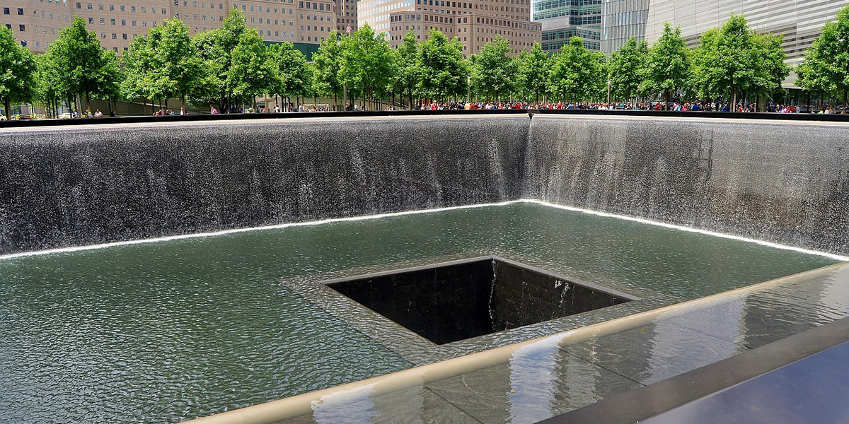 9/11 Memorial - 11. September 2001