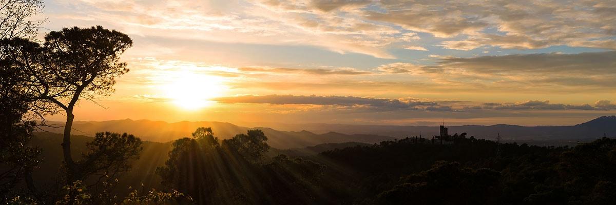 Sonnenuntergang über der Serra de Collserola - mein Lieblingsbild aus 2017.